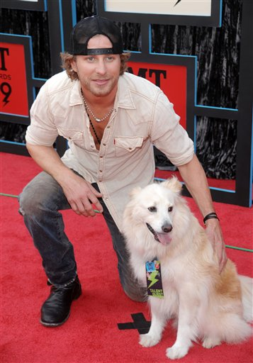 Dierks Bentley and his dog Jake